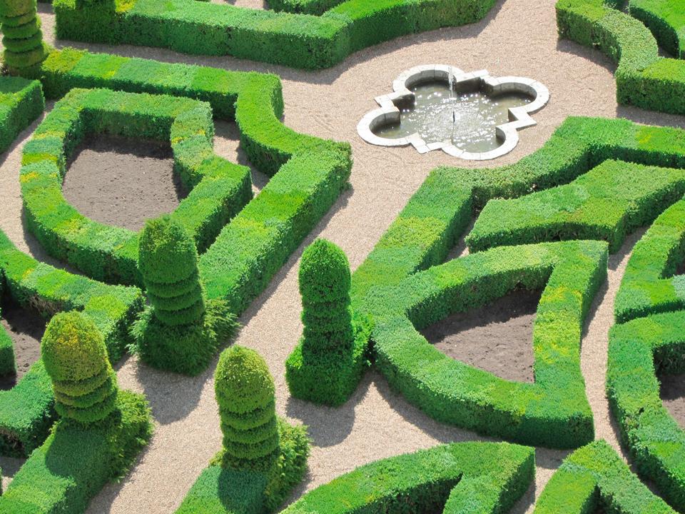 Vous aimez la régularité ? Faites un jardin classique ou « à la Française »